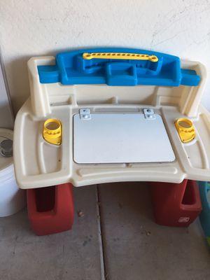 Kids Desk for Sale in Buckeye, AZ