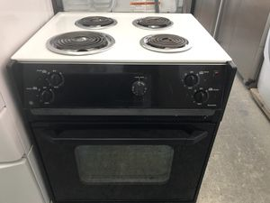 "San Carlos Appliances. Sale& services. Used,27"" electric stove, drop in, white color, coin burners, great condition, work great for Sale in San Jose, CA"