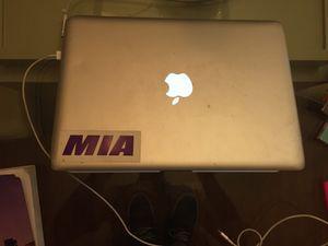 """Apple Macbook 13"""" 2009 for Sale in Miami, FL"""