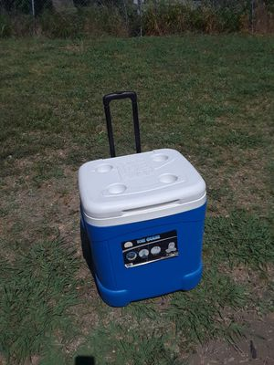 Igloo 60 Quart Wheels Cooler in good condition 25. FIRM for Sale in Princeton, TX