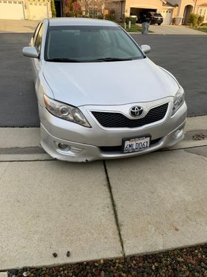 Toyota camry 2011 for Sale in Irwindale, CA