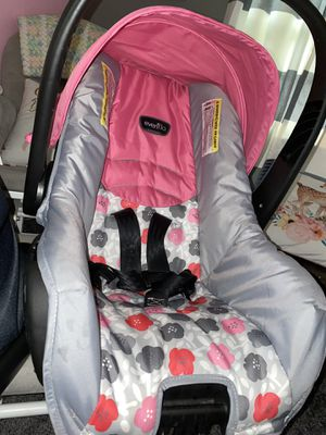 Evenflo car seat for Sale in Amelia Court House, VA
