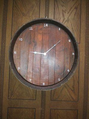 Reloj de pared de wine barrel for Sale in Ceres, CA