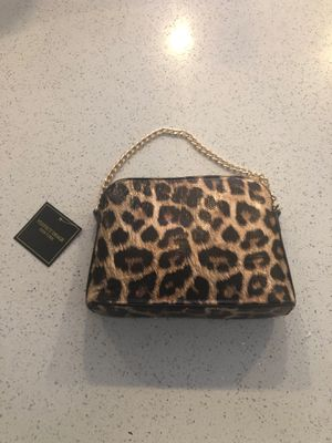 Small cheetah print hand bag for Sale in Lakewood, CO