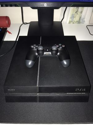 PS4 W/ Controller and Original Cables // StrikePack for Sale in Los Angeles, CA