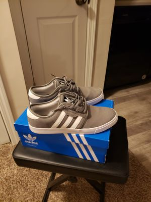Adidas Seeley Mens 10.5 for Sale in Castleton, IN