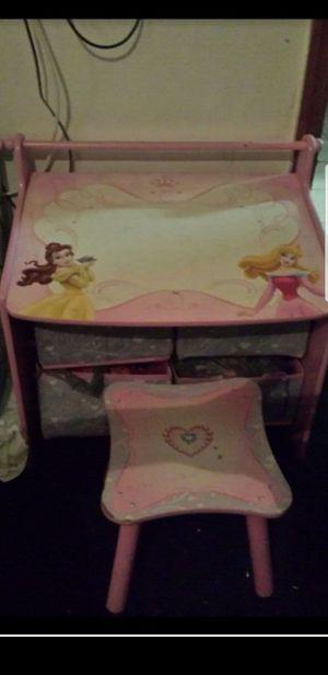 Disney Princess desk 20.00 for Sale in NEW PRT RCHY, FL