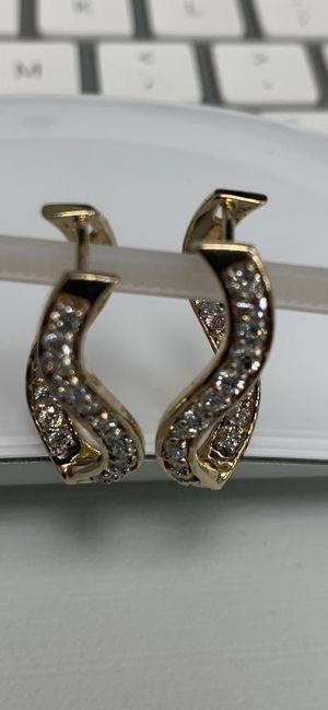 14kt YELLOW GOLD DIAMOND CUSTOM EARINGS for Sale in Midlothian, IL