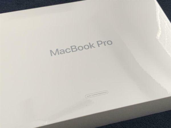 15.4-inch MacBook Pro 2.6GHz 6-core i7 2.6Ghz Touchbar 2019 16gb Ram 256gb ssd