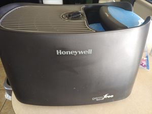 Honeywell germ free humidifier for Sale in Mesa, AZ