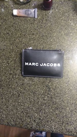 Marc Jacobs Small Wallet/coin purse for Sale in Auburn, WA