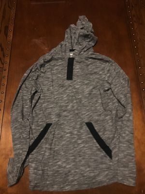 Boy's size M Tony Hawk hooded T-shirt for Sale in Tinley Park, IL