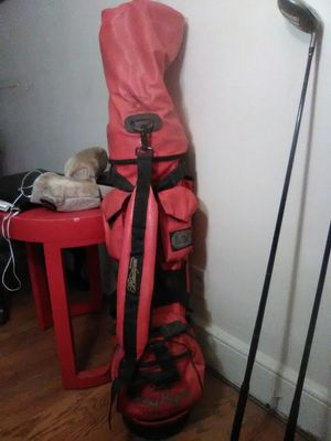 Golf bag and set of clubs for Sale in North Chesterfield, VA