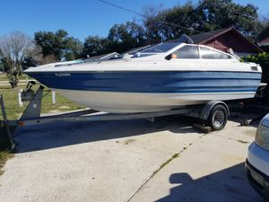 Bayliner 26 ft just needs and oil chanage for Sale in Orlando, FL