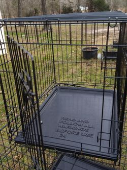 Fold & Carry Single Door Collapsible Wire Dog Crate for Sale in Monroe,  NC