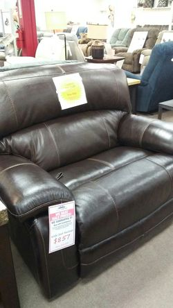 Ashley leather wide seat recliner for Sale in Uniontown,  PA