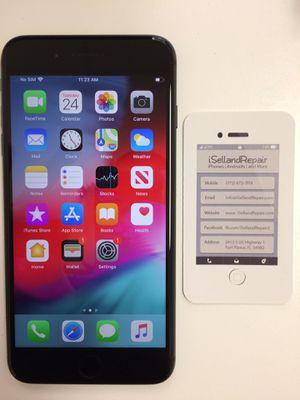 iPhone 8 Plus 256GB UNLOCKED for Sale in Fort Pierce, FL