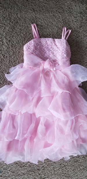 New Girl color Pink size 8/9 pageant easter flower girl dress for Sale in Round Lake, IL