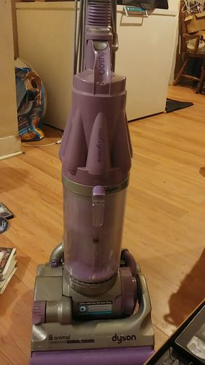 Dyson use on wood floors and carpet for Sale in Elyria, OH