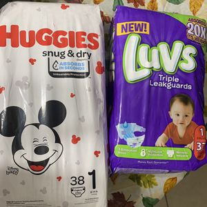 Huggies Luvs Diapers for Sale in Hollywood, FL