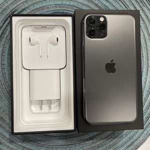 iPhone 11 Pro Unlocked for Sale in Mountlake Terrace, WA