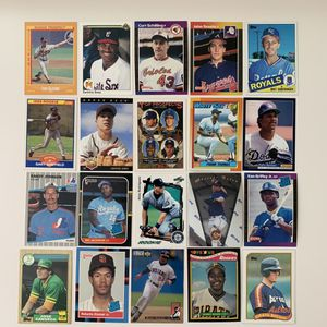 20 All Rookies Baseball Cards Griffey Thomas Rodriguez Bo Jackson And More for Sale in Brea, CA