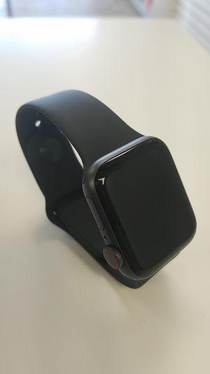 APPLE WATCH SERIES 4 LTE 40MM for Sale in Lynnwood, WA