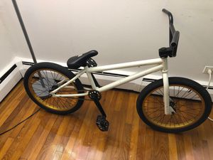 BMX BIKE FOR SELL NEED GONE ASAP for Sale in Des Plaines, IL