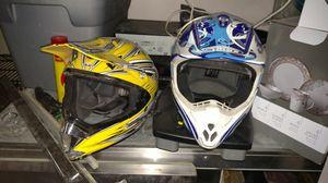 Dirt bike helmets near brand new for Sale in Paradise Valley, AZ