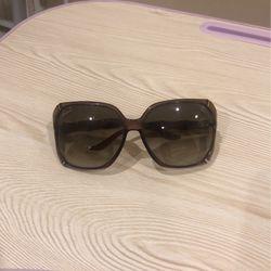 Gucci Women Sunglasses for Sale in Sterling,  VA