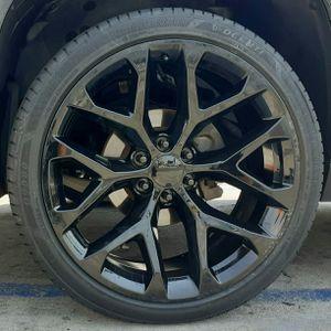 "24"" Chevy Silverado GMC Sierra Escalade (( Snowflake II )) Wheels & Tires Tahoe Yukon Glossy Black Rims. setof4 for Sale in Los Angeles, CA"