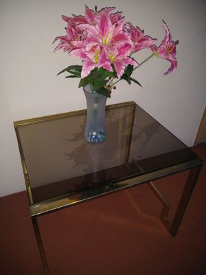 metal and glass table for Sale in Pompano Beach, FL