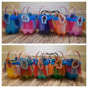 10 new Trolls birthday party favor for Sale in NW PRT RCHY, FL