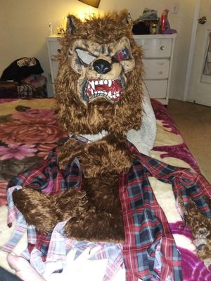Kids xl werewolf costume for Sale in Concord, CA