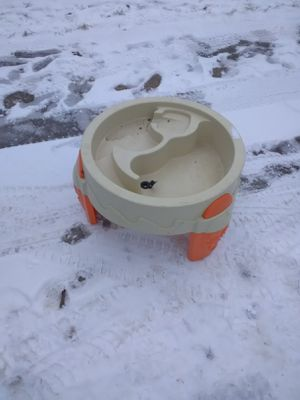 Sand box/water splash thingy for Sale in Lorain, OH
