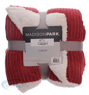 Madison Park Faux Fur Throw Blanket for Sale in Indianapolis, IN