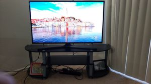 Samsung 40 inch 4k LED TV & TV Stand for Sale in Maryland Heights, MO