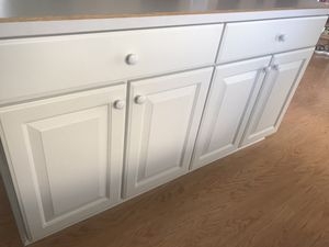 Kitchen/cabinet Door knobs for Sale in Lewis Center, OH