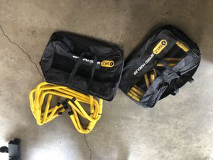 SKLZ Discontinued Hard to find Adjustable 2 Sets of 5 Speed Hurdles (10 hurdles$Excellent Condition Each Set comes with Carry Bag for Sale in Long Beach, CA
