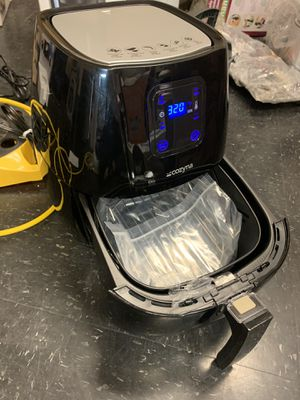 AIR fryer. Brand new! Cozyna 3.5 liter nonstick for Sale in Las Vegas, NV