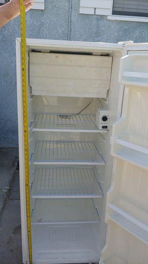 Kenmore refrigerator for Sale in Paramount, CA