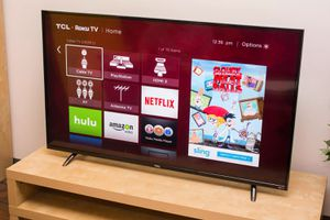 """New with remote TCL 32"""" Class HD Roku Smart LED TV for Sale in New Port Richey, FL"""