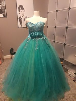 Quince(15's) or Sweet 16 dress # 227 for Sale in Homestead, FL