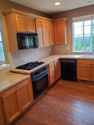 Like New Kitchen cabinets,oven,microwave with exhaust,dishwasher,gas cooktop, kitchen appliances, garbage disposal, sink and faucet for Sale in Seattle, WA