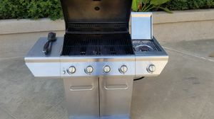 NexGrill Propane Grill with 4 Burners + Side Burner for Sale in San Diego, CA