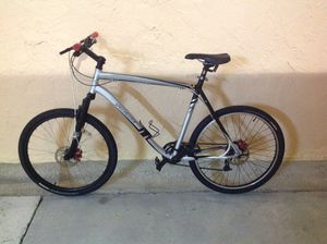 BICYCLE SPECIALIZED 21 SPEED EXCELLENT CONDITION for Sale in Miami, FL