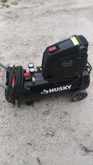 Husky compressor for Sale in Miami Gardens, FL