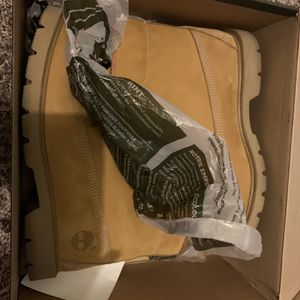 Timberland Boots Size 8.5 for Sale in San Antonio, TX