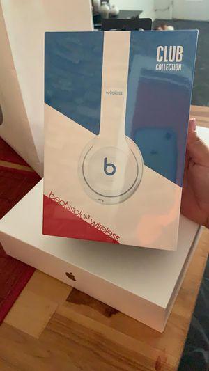 Beats Solo 3 Wireless for Sale in Miami Beach, FL