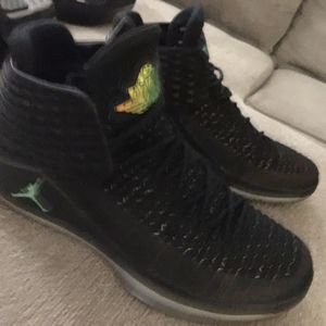 Nike air Jordan's 10.5 for Sale in Austin, TX